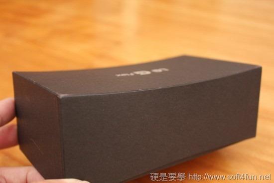 彎曲手機 LG G Flex 評測,刮痕可自動修復 clip_image001