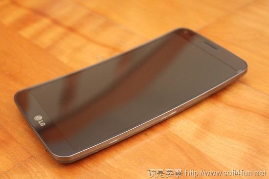 彎曲手機 LG G Flex 評測,刮痕可自動修復 clip_image006