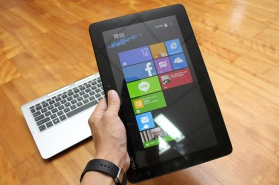 [評測] 變形筆電ASUS Transform T200TA 筆電、平板隨你變 image022