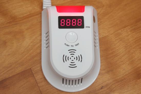 預防氣爆!天然氣/瓦斯警報器,即時測報外洩燃氣濃度 -018