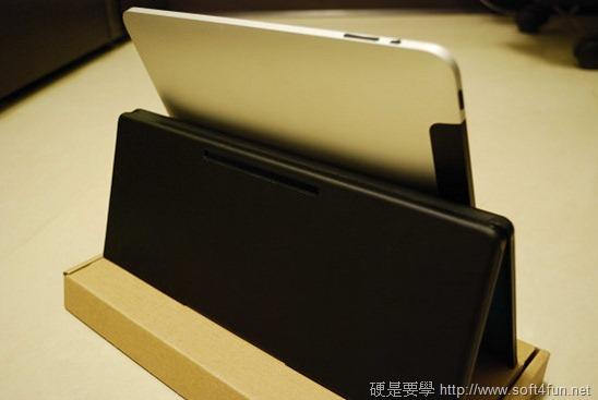 【開箱文】羅技 iPad 鍵盤立架組 - 再也不用忍受螢幕鍵盤的折磨啦! clip_image007