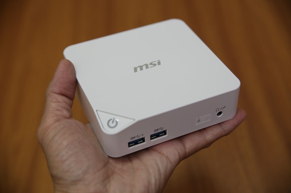 微星超迷你電腦 Cubi 評測,工作、居家、娛樂皆適用的好選擇 IMG_9091