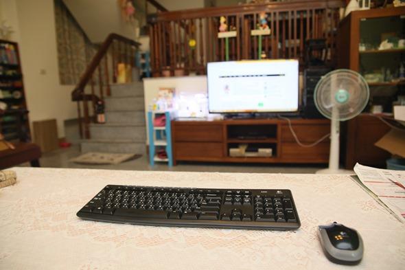 微星超迷你電腦 Cubi 評測,工作、居家、娛樂皆適用的好選擇 IMG_9242