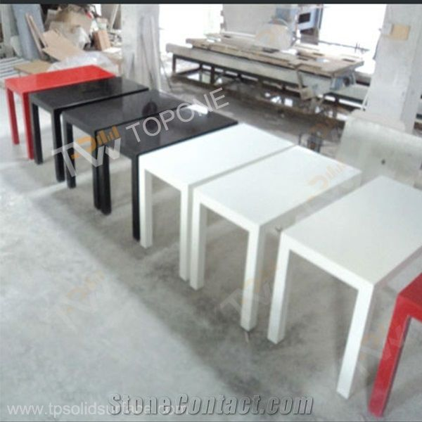 square white and black red color new