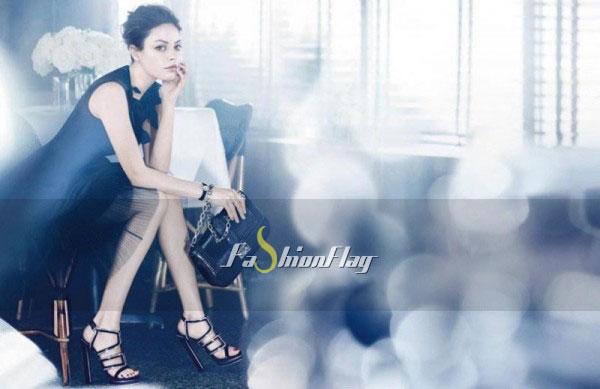 Mila-Kunis-makes-her-handbag-debut-for-Christian-Dior-3