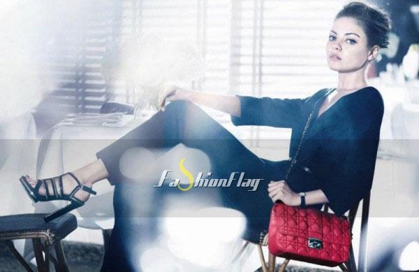 Mila-Kunis-makes-her-handbag-debut-for-Christian-Dior-1
