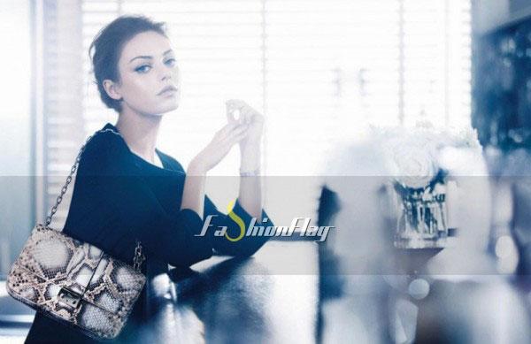 Mila-Kunis-makes-her-handbag-debut-for-Christian-Dior-2