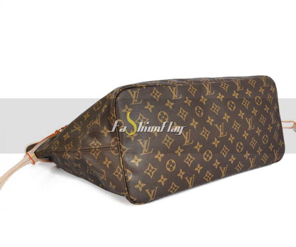 Louis-Vuitton-Monogram-Canvas-Neverfull-11