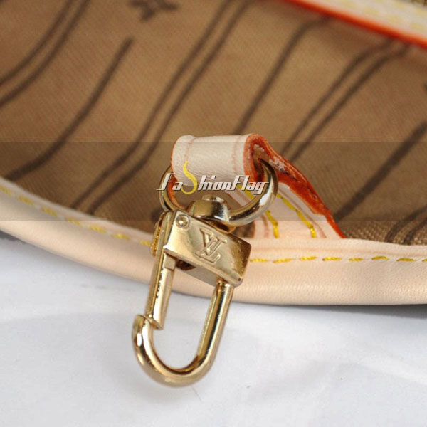 Louis-Vuitton-Monogram-Canvas-Neverfull-06