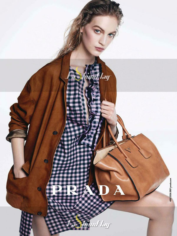 Amanda-Murphy-for-Prada-pre-fall-campaign-4