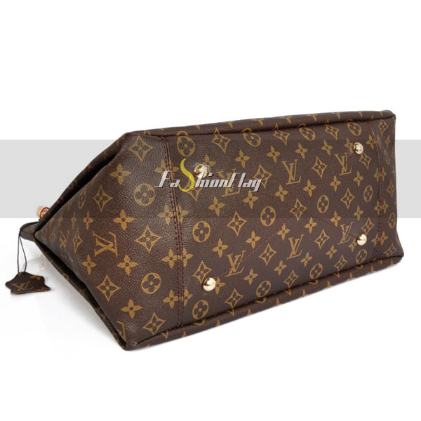 Louis-Vuitton-Monogram-Canvas-Artsy-04