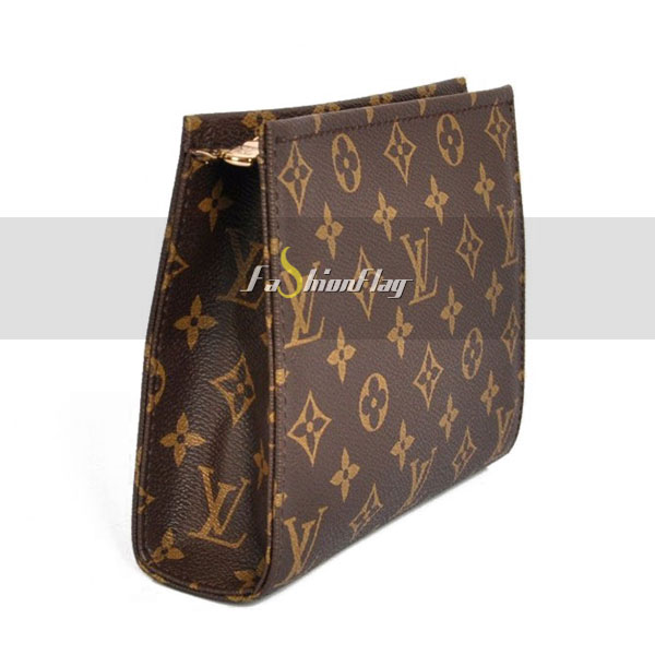 Louis-Vuitton-Monogram-Canvas-Poche-Toilette-08