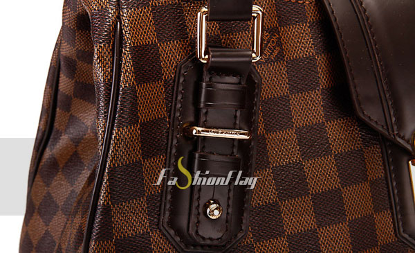 Louis-Vuitton-Damier-Ebene-canvas-Griet-e