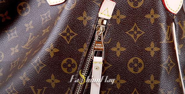 Louis-Vuitton-Monogram-Canvas-Delightful-Monogram-GMe