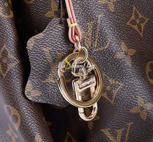 Louis-Vuitton-Monogram-Canvas-Artsy-GMb