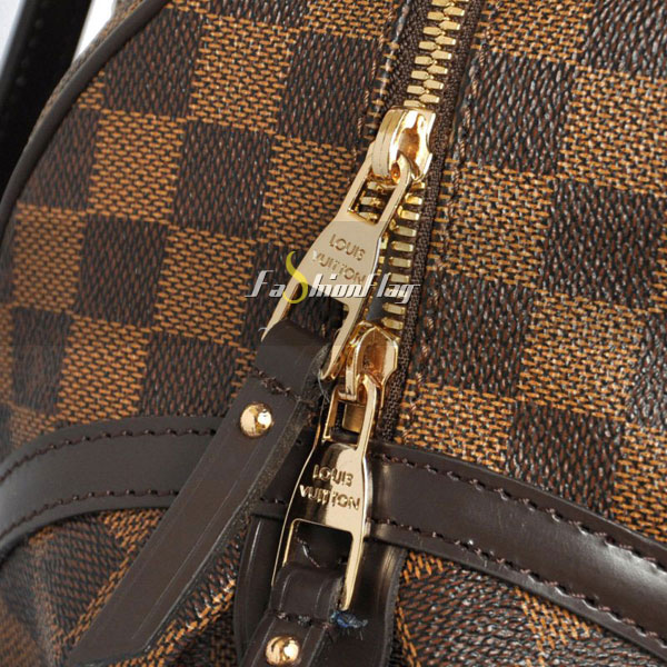 Louis-Vuitton-Damier-Ebene-Canvas-Rivington-06