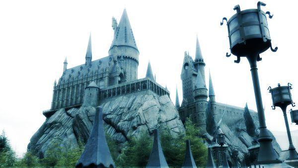霍格沃茲魔法學校