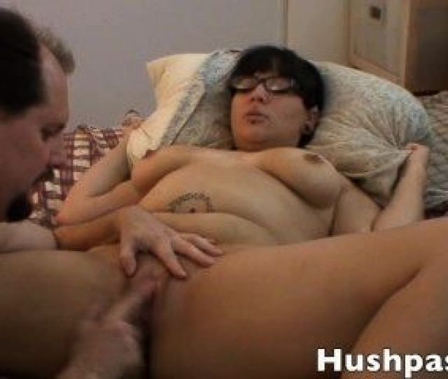 Chubby Real Amateur Teen Syra Likes Old Man Cock
