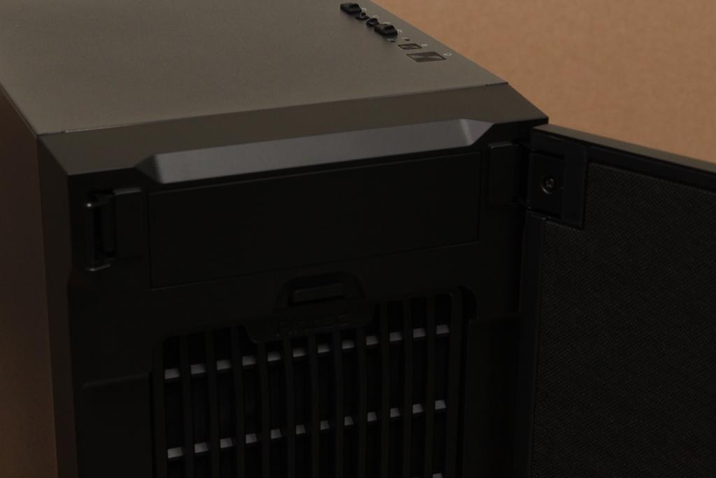 安鈦克Antec P10 FLUX靜音機殼-獨創F-LUX風流架構,靜冷再升級3171