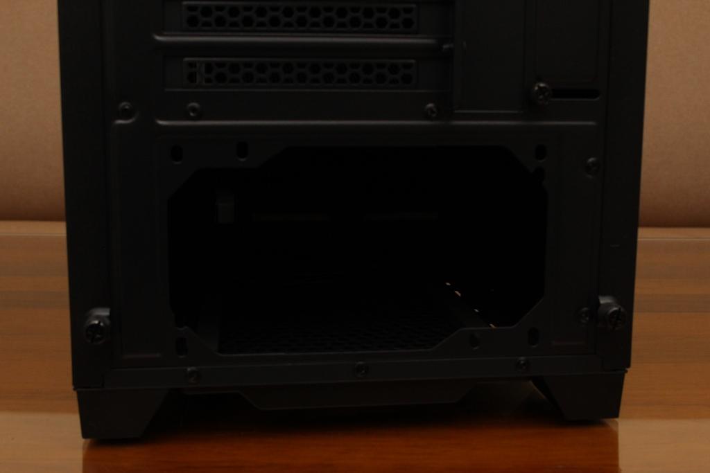 安鈦克Antec P10 FLUX靜音機殼-獨創F-LUX風流架構,靜冷再升級5404