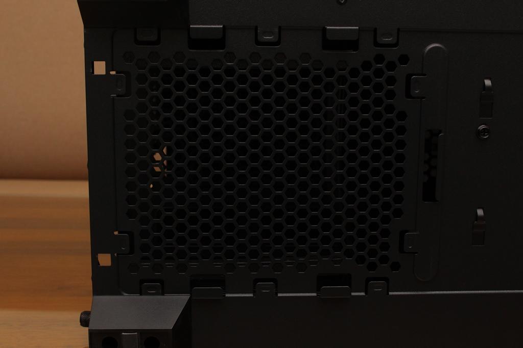 安鈦克Antec P10 FLUX靜音機殼-獨創F-LUX風流架構,靜冷再升級2836