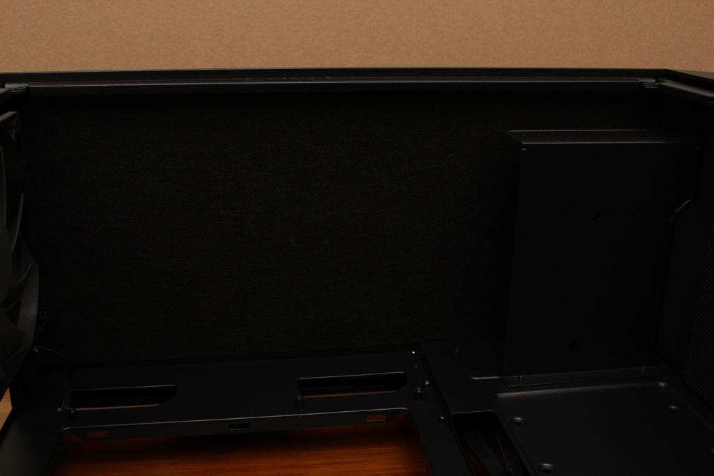 安鈦克Antec P10 FLUX靜音機殼-獨創F-LUX風流架構,靜冷再升級3560