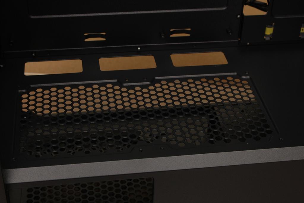 安鈦克Antec P10 FLUX靜音機殼-獨創F-LUX風流架構,靜冷再升級9726