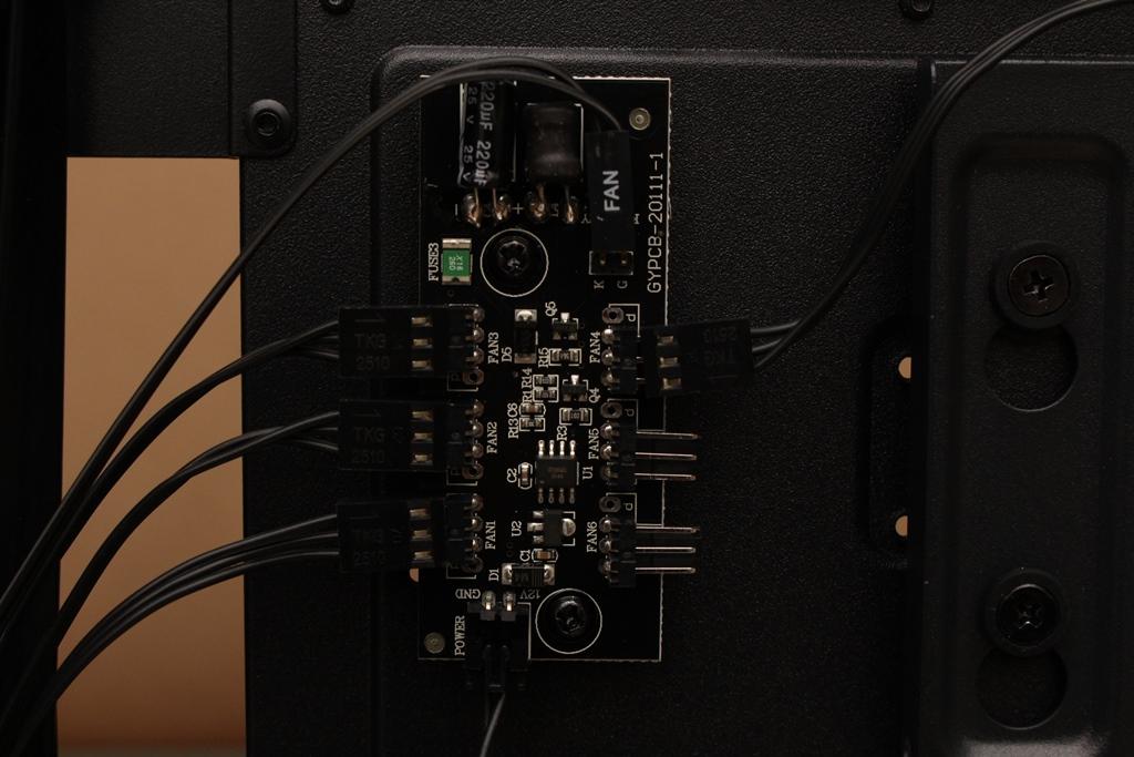 安鈦克Antec P10 FLUX靜音機殼-獨創F-LUX風流架構,靜冷再升級5308