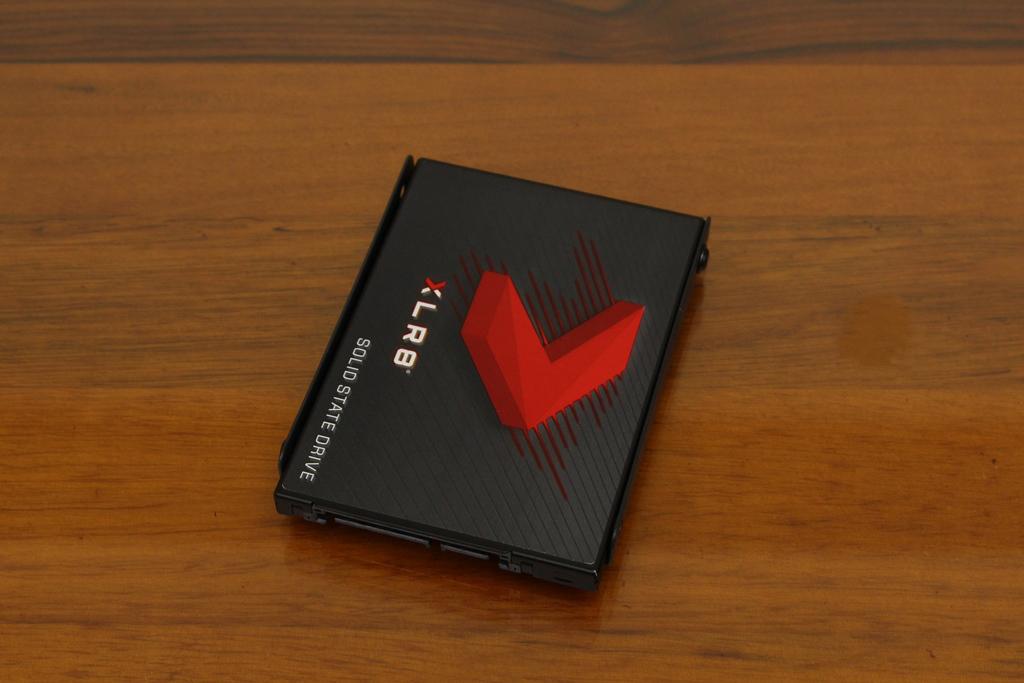 安鈦克Antec P10 FLUX靜音機殼-獨創F-LUX風流架構,靜冷再升級9019