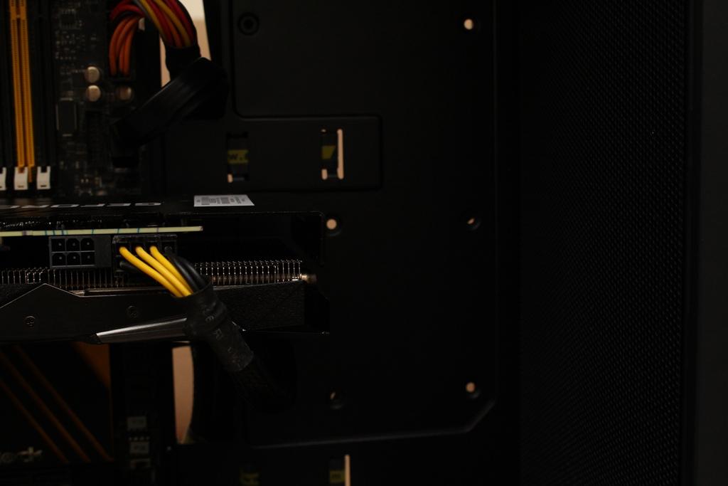 安鈦克Antec P10 FLUX靜音機殼-獨創F-LUX風流架構,靜冷再升級6894