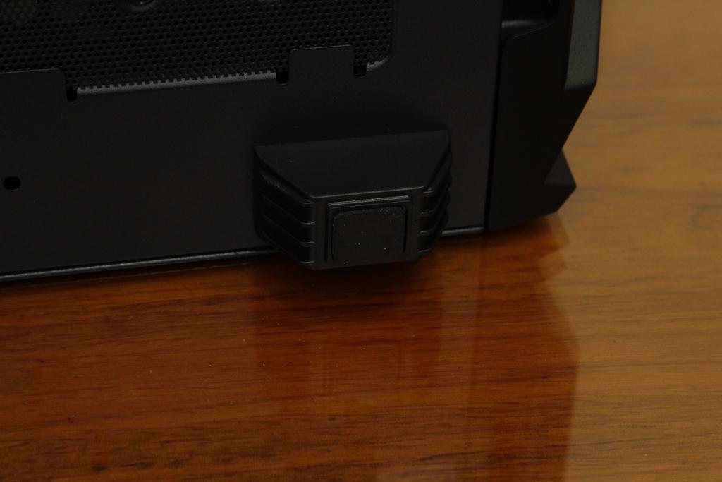 美洲獅COUGAR MX660 Iron RGB中塔機殼-陽剛造型搭配鋼化玻璃透...1290