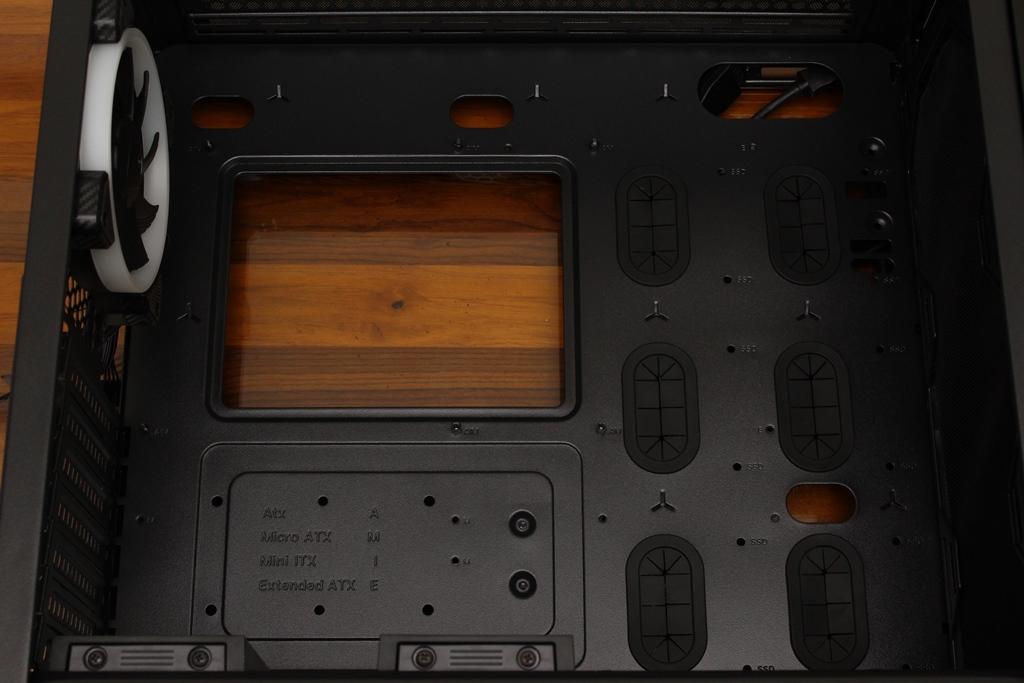 美洲獅COUGAR MX660 Iron RGB中塔機殼-陽剛造型搭配鋼化玻璃透...4380
