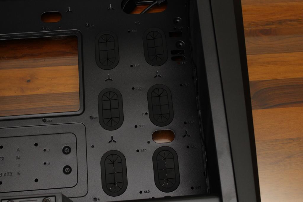 美洲獅COUGAR MX660 Iron RGB中塔機殼-陽剛造型搭配鋼化玻璃透...6803