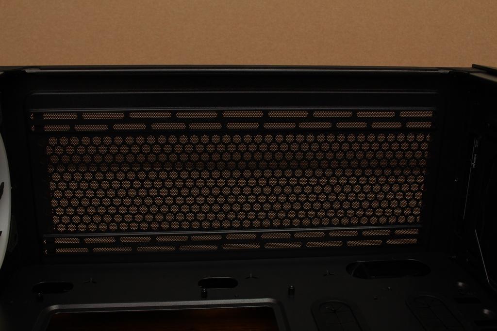 美洲獅COUGAR MX660 Iron RGB中塔機殼-陽剛造型搭配鋼化玻璃透...403