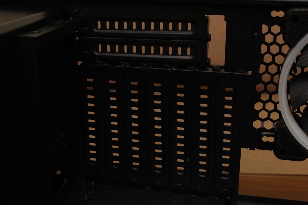 美洲獅COUGAR MX660 Iron RGB中塔機殼-陽剛造型搭配鋼化玻璃透...9334