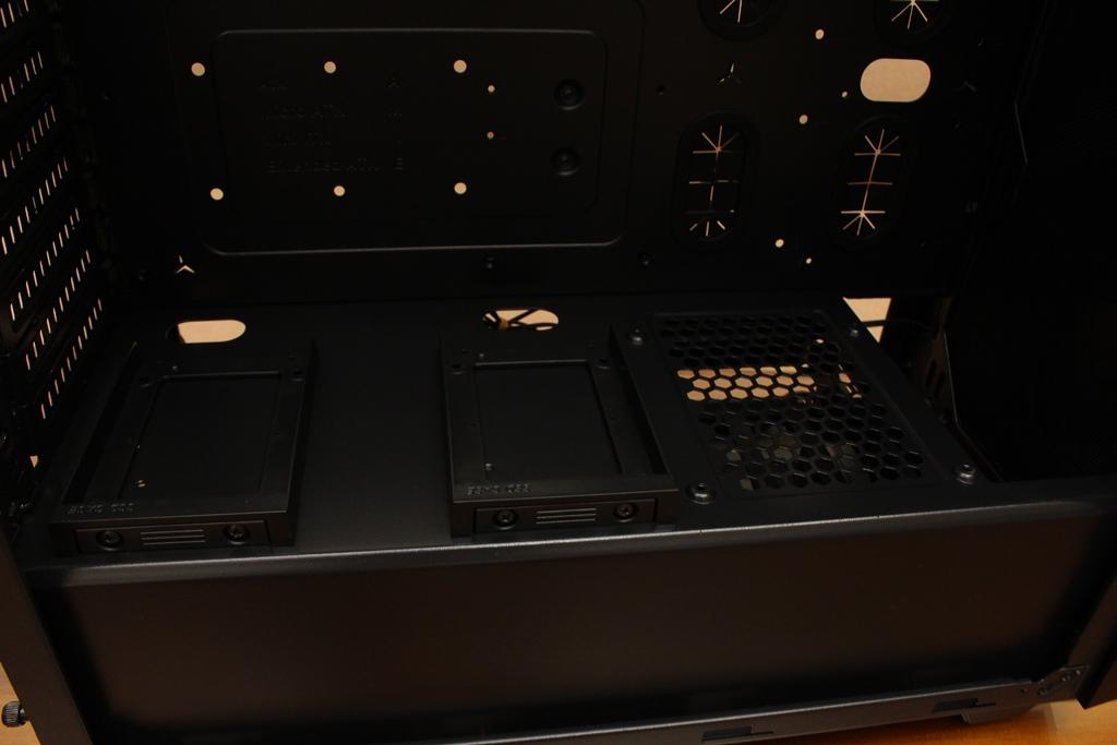 美洲獅COUGAR MX660 Iron RGB中塔機殼-陽剛造型搭配鋼化玻璃透...9007