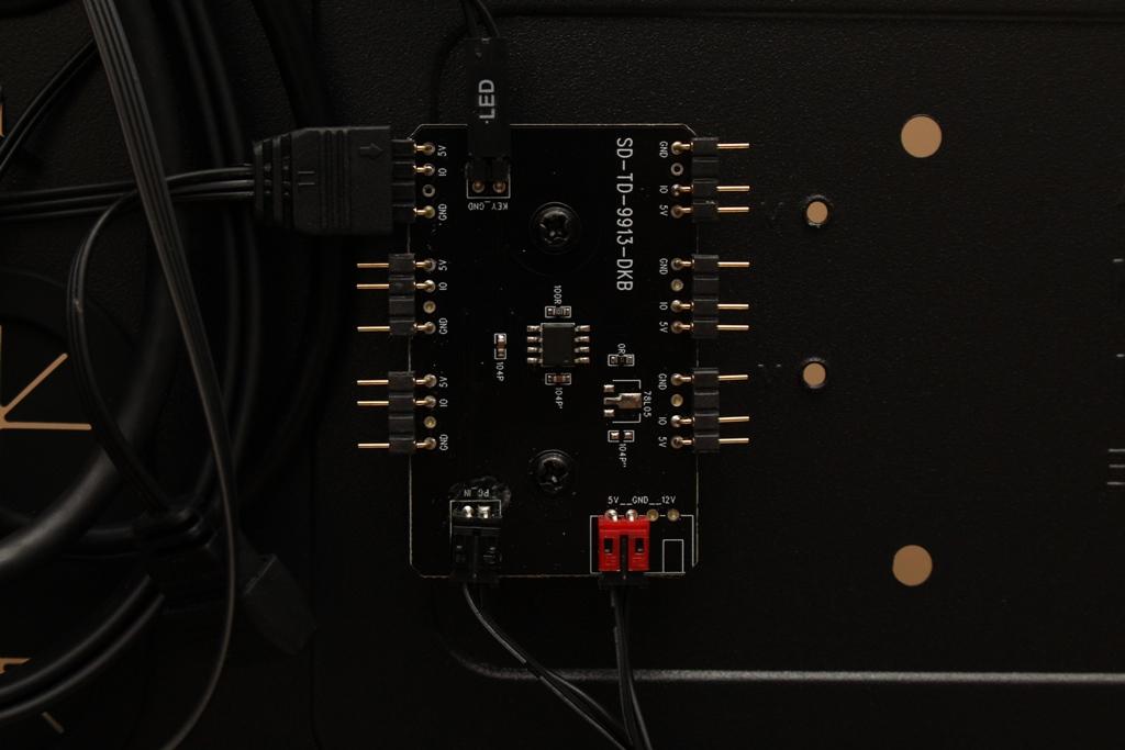 美洲獅COUGAR MX660 Iron RGB中塔機殼-陽剛造型搭配鋼化玻璃透...4448