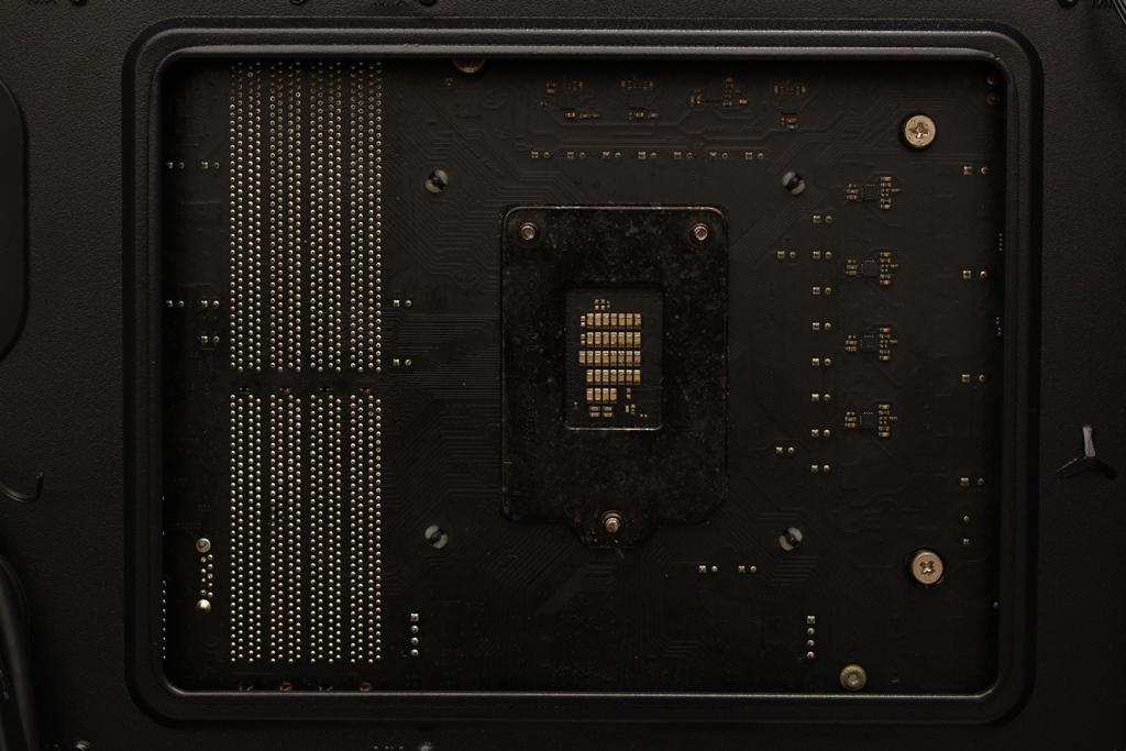 美洲獅COUGAR MX660 Iron RGB中塔機殼-陽剛造型搭配鋼化玻璃透...1748