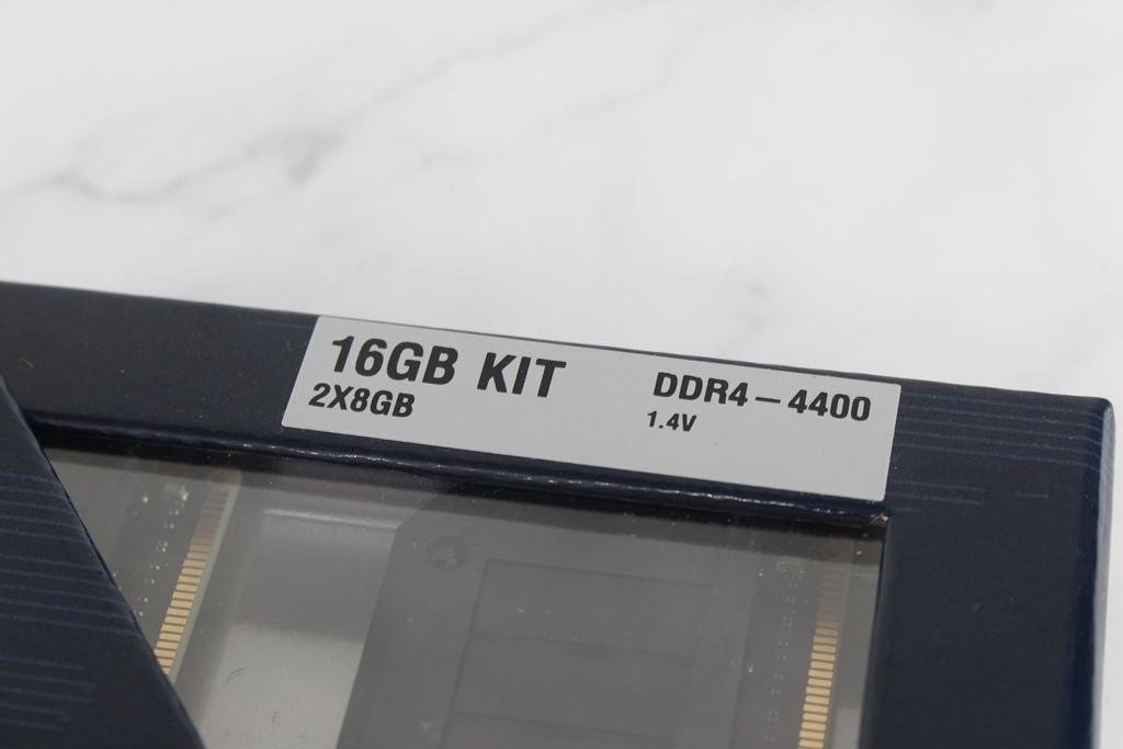 Crucial Ballistix MAX DDR4-4400電競記憶體-輕鬆獲得高頻率效能...6816