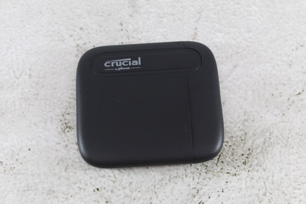 Crucial X6 Portable SSD外接式固態硬碟-輕巧體積小,超大容量2...6125