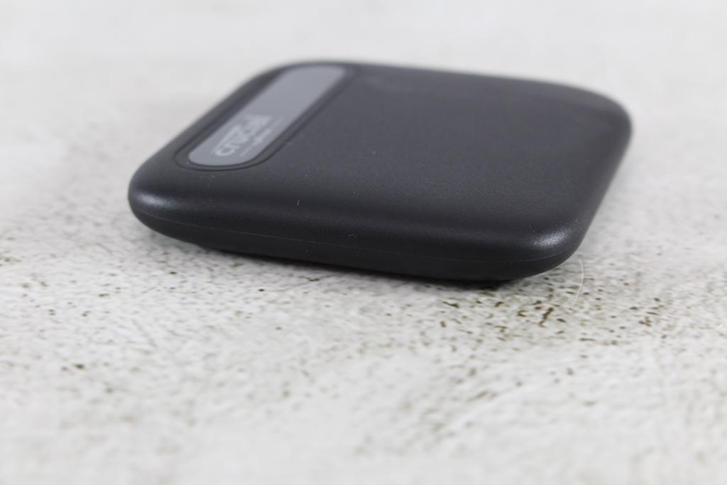 Crucial X6 Portable SSD外接式固態硬碟-輕巧體積小,超大容量2...7649