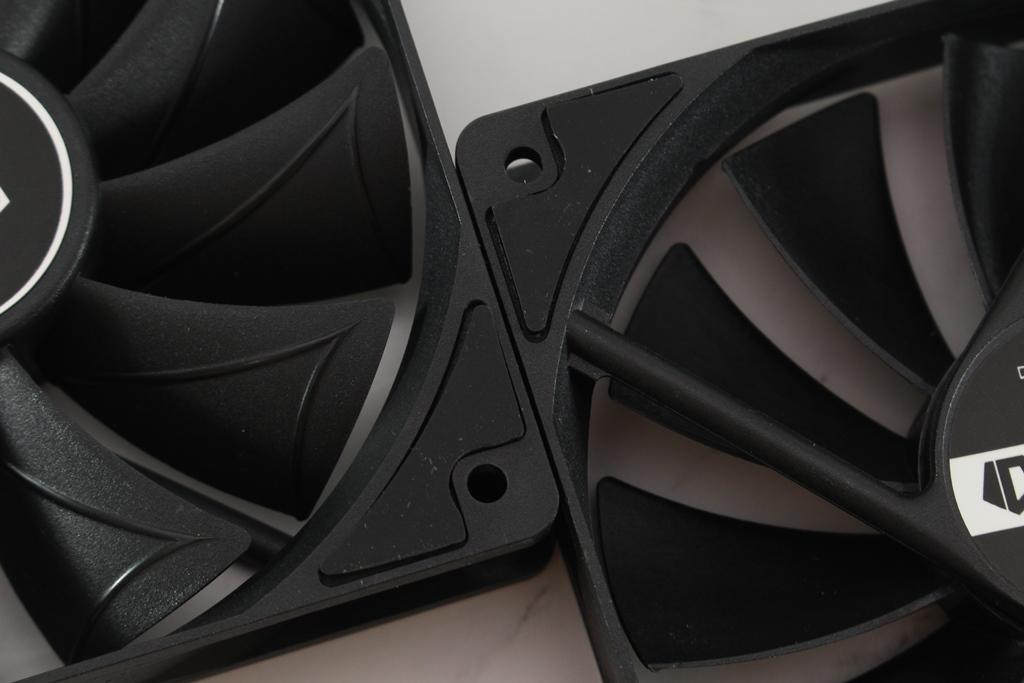 ID-COOLING FROSTFLOW X 240一體式水冷散熱器-低光害又擁有優質...8909