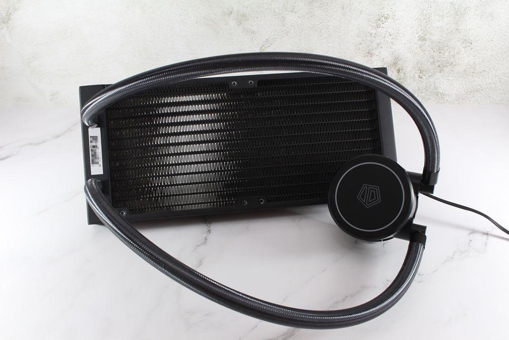 ID-COOLING FROSTFLOW X 240一體式水冷散熱器-低光害又擁有優質...8003