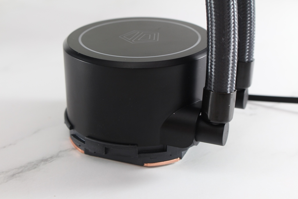 ID-COOLING FROSTFLOW X 240一體式水冷散熱器-低光害又擁有優質...704
