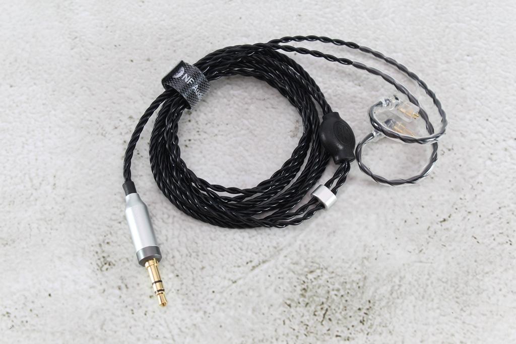 寧梵NF Audio NA1平衡音圈入耳式耳機-聽了會捨不得拿下的好聲音!