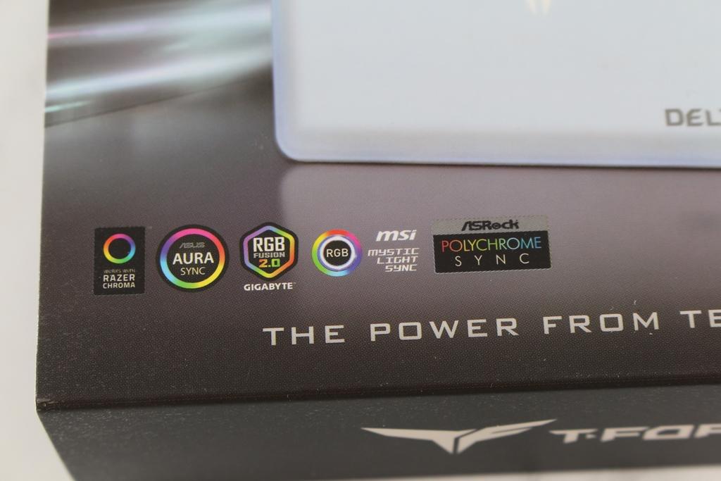 十銓T-FORCE DELTA MAX WHITE RGB SSD固態硬碟-ARGB發光還不夠,白...2326
