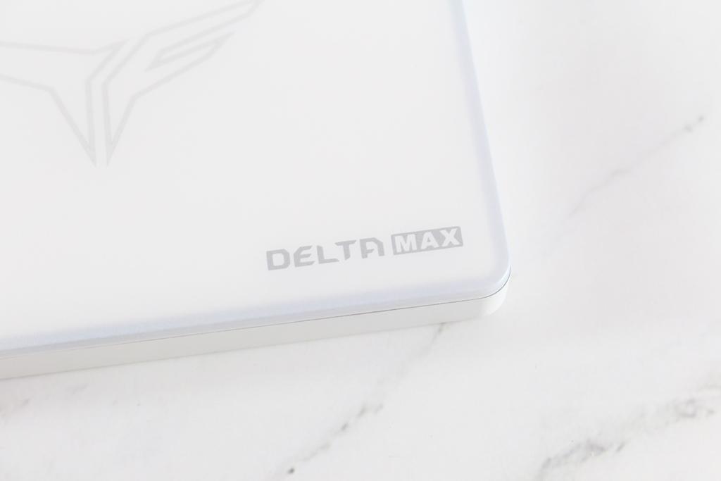 十銓T-FORCE DELTA MAX WHITE RGB SSD固態硬碟-ARGB發光還不夠,白...8494