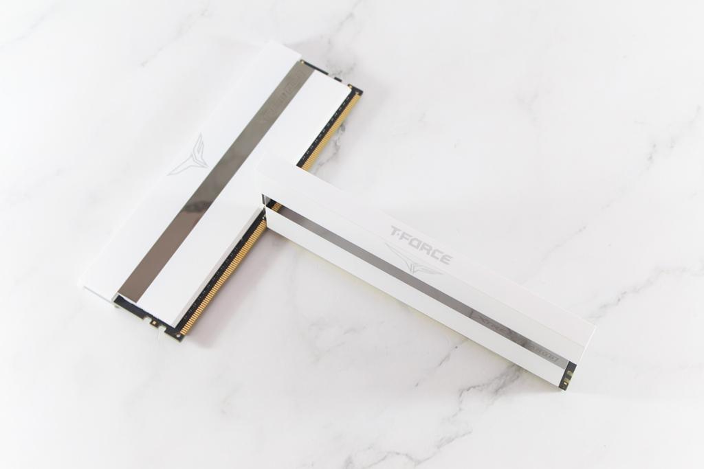 十銓T-FORCE XTREEM ARGB DDR4-3600 White Edition超頻記憶體-超美雪...2572