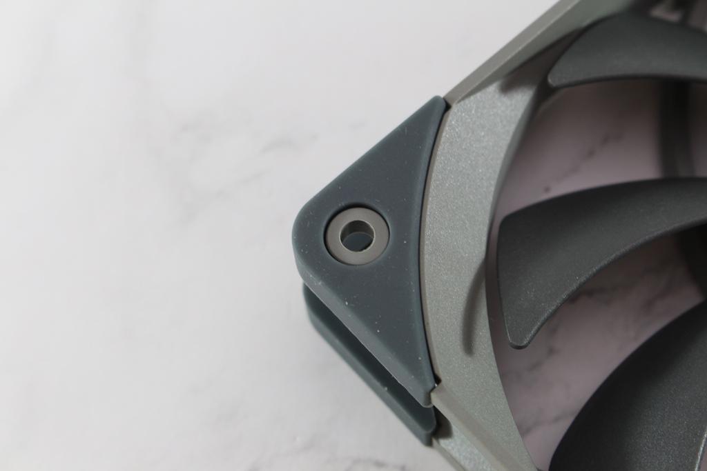 索摩樂Thermalright TR-TA 120 EX塔型散熱器-小塔能耐不容小覷7943