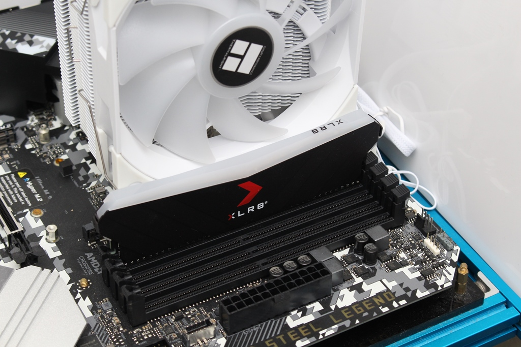索摩樂Thermalright Assassin King 120 Plus & ARGB塔型散熱器-雙風扇...4608